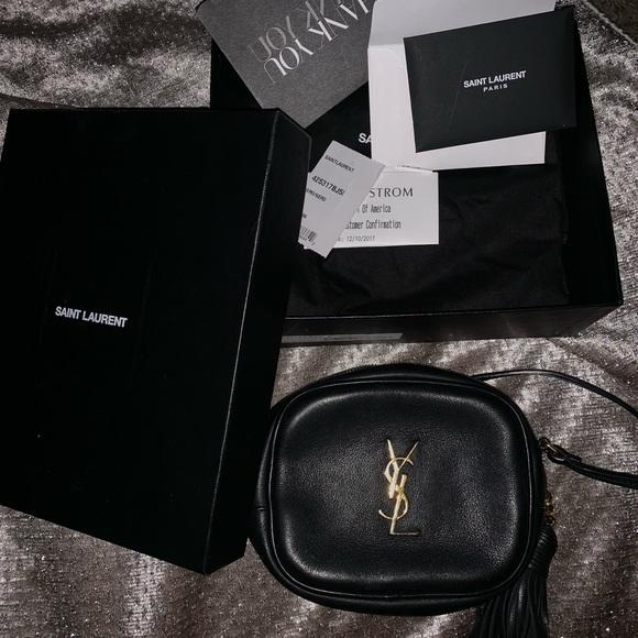 a7bea23032 Ysl mini blogger bag